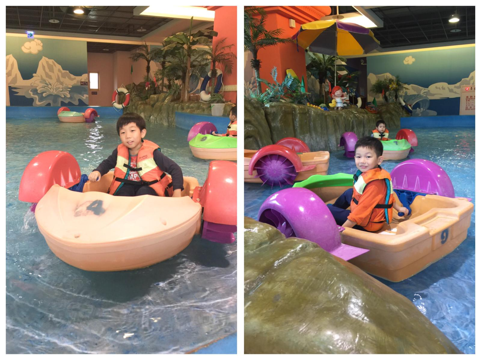 Family travels EDA Park Kaohsiung water boats for kids