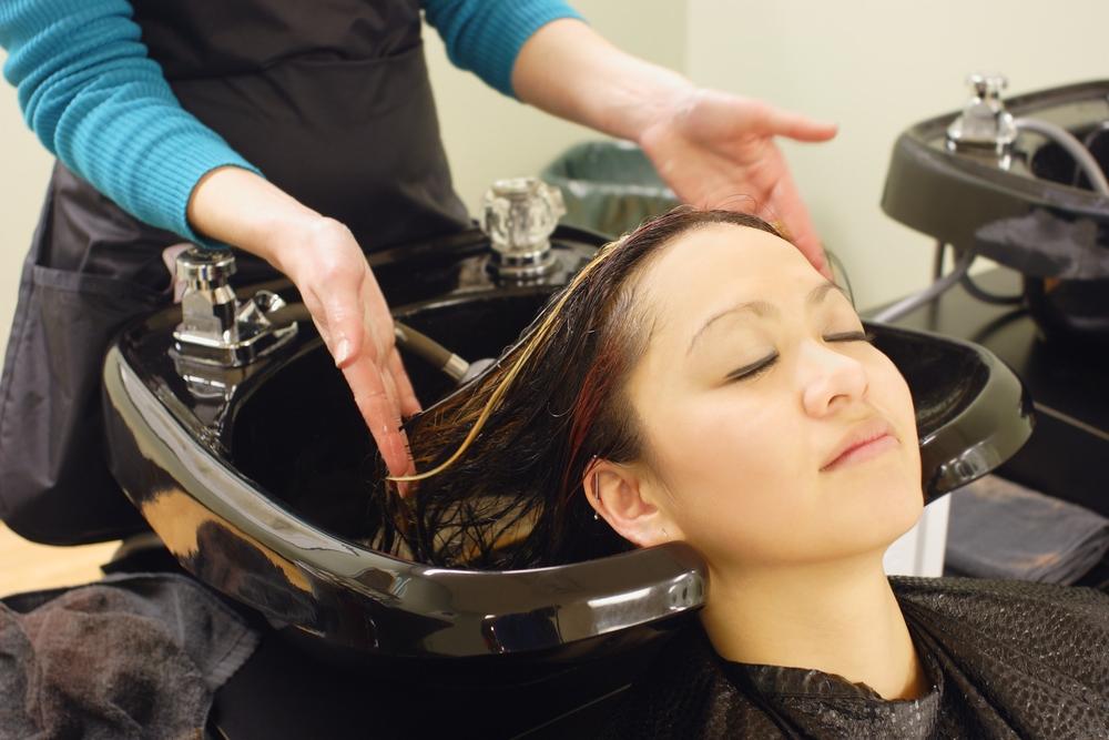 chemical hair treatment while breastfeeding